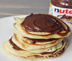 recette des vrais pancakes am ricain au nutella. Black Bedroom Furniture Sets. Home Design Ideas