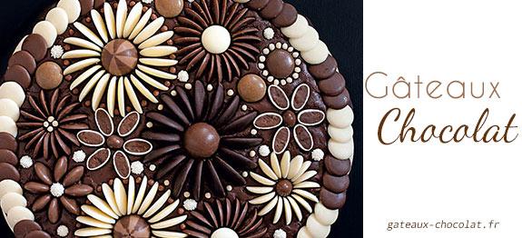 Decoration en chocolat pour gateau d'anniversaire